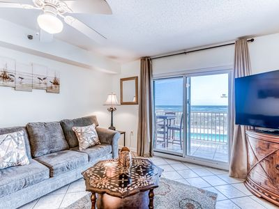 Photo for Gulf-front condo w/ private balcony, great view & pool/hot tub/sundeck!
