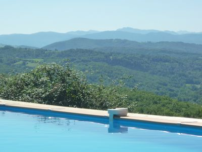 heated swimming pool. with stunning views. open may - Sept depending on weather