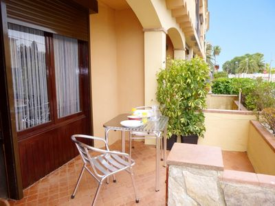 Photo for Nice apartment 100 meters from the beach. Sheets, towels and Wifi offered.