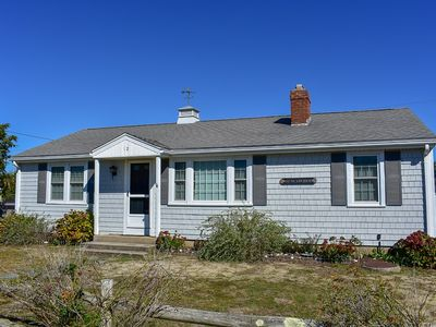 Photo for Ranch home located in Fiddlers Green just 1/10 mile to a shared beach
