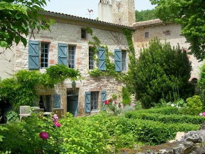 Photo for Charming house at the foot of the medieval town of Cordes sur Ciel