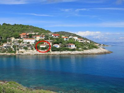 Photo for Apartment in Milna (Vis), capacity 6+0