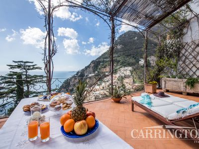 Photo for Stunning sea views at exquisite Positano villa