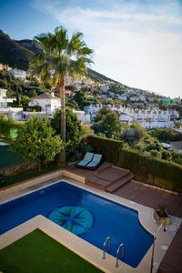 Photo for Ideal with family or friends, villa with private pool and magnificent views