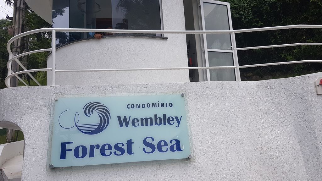 Apartment wembley forest sea