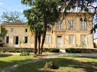 Photo for Great Girondine 19th with swimming pool 8min from St Emilion, on the edge of the Dordogne