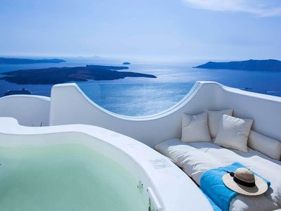 Photo for Nana Villa Santorini Caldera View Jacuzzi 4br upto 9guests