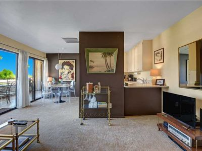 Photo for Bright and Modern condo at Biarritz with Views, Walking Distance to Downtown PS