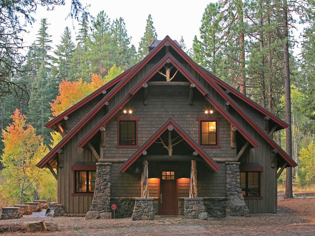 Do It Yourself Home Design: Ashland Lodge Style House W/Patio & 5 MTN Bikes!