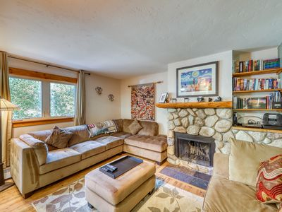 Photo for Cozy home w/ wood fireplace, near town - mountain views!