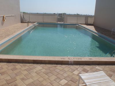 Can have use of a car. March, Apri  specials Starts at $1295 wk.  New Pool. WiFi