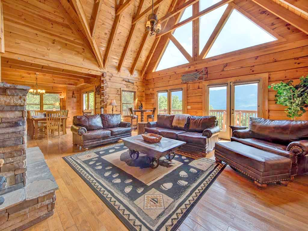 Papa Bear S Lodge 5 Bedrooms Sleeps 22 Mtn View Game