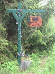 We welcome you to Hidden Glidden Cottage!