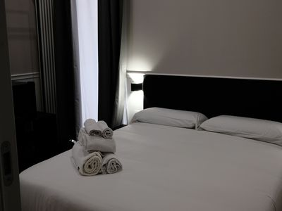 Photo for Toledo Boutique Rooms - Toledo 2 - Bed&Breakfast for 2 people in Napoli