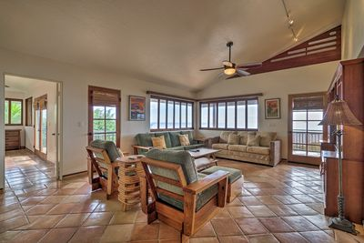 This 3-bedroom, 3-bath Captain Cook home can sleep 8.