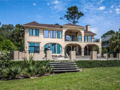 Photo for 17 Armada | Direct Oceanfront! | Private Pool & Great Outdoor Space | Spacious | Palmetto Dunes
