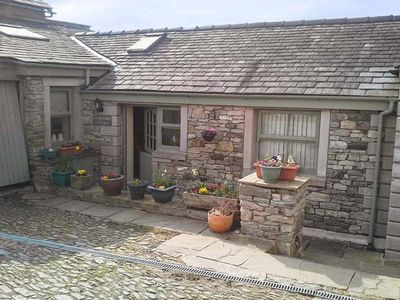 Photo for Courtyard Cottage, KENDAL