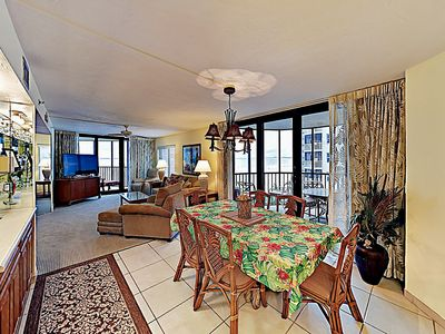 Dining Area - When you're ready to eat, gather at the 6-person dining table.