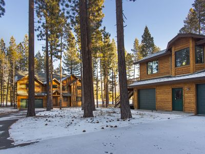 Tahoe, Johnson Executive Main house and guest house - The main house with 4 bedrooms and 3 baths, sits in the back of the lot.  The guest house sits just in front and is on the second floor of the garages