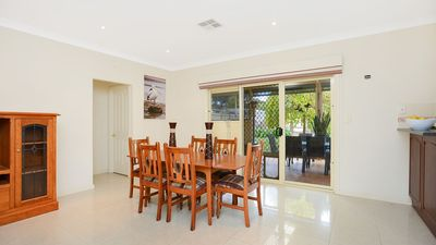 Photo for Chibnall Luxury accomodation central Port Elliot