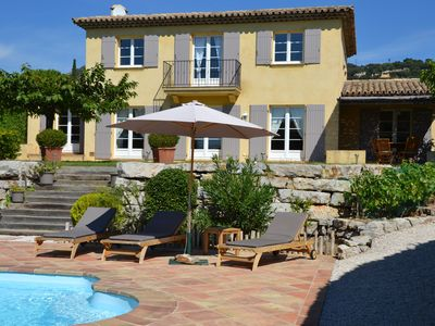 Photo for Villa sea view in Grimaud close to the beaches and 18 hole golf course of Beauvallon