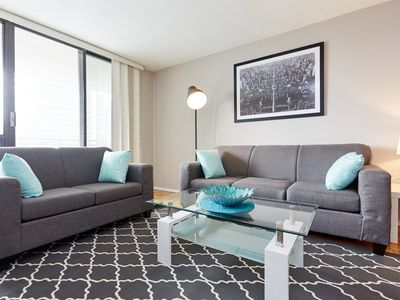 Photo for X- LARGE 1 Bed, 1 Bath located at Yonge & Eglinton #2614