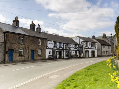 Photo for Beech Croft a traditional cosy cottage with real fire in the heart of Castleton