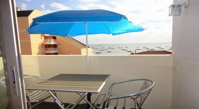 Photo for Studio cabin 2/3 pers. pool view with balcony