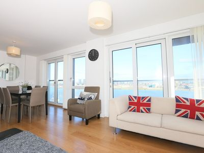Photo for Modern Three bedroom apartment R0168