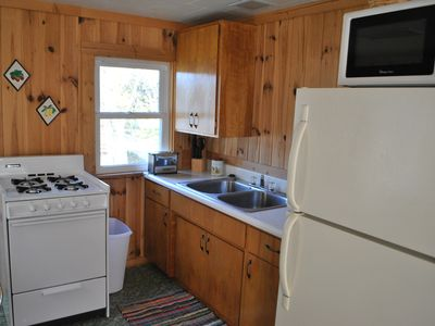 2 BR cabin at Walters Resort-a lakefront getaway! Pets accepted spring/fall (#1)