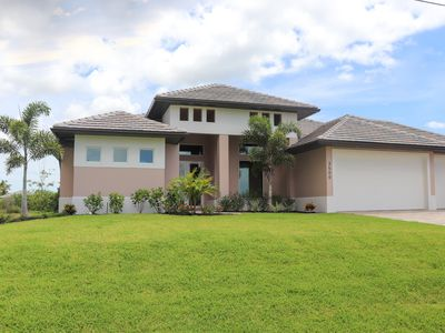 Photo for LUXURY VILLA VENICE  with water view patio in Cape Coral