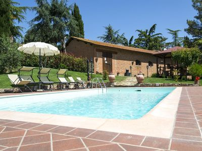 Photo for Beautiful  villa for 4 guests with WIFI, private pool, A/C, TV and panoramic view, close to Cort...