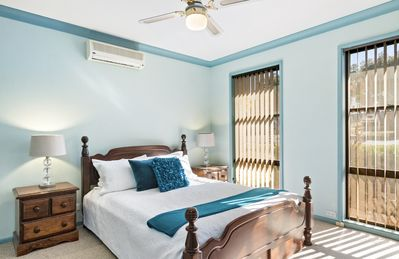 Middle Level (street level) Bedroom 1 with ensuite, Walk in Robe  and TV Outlet