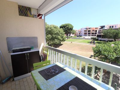 Photo for Studio cabin 2 ** view gardens-parking-air conditioning-WIFI