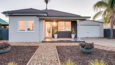 Photo for 4BR House Vacation Rental in Wagga Wagga, NSW
