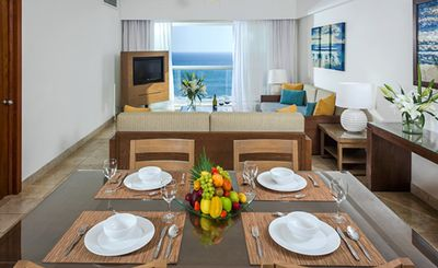 Photo for Vidanta Mayan Palace 2 BR 2 BA Suite With Kitchen Sleeps 8 - Acapulco