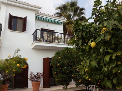 Villa with fantastic views, Free Car and Internet