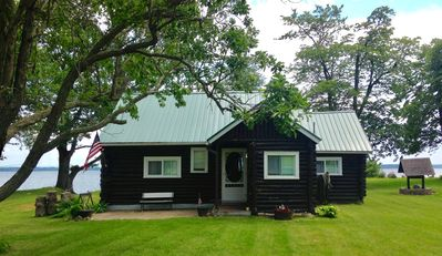 Photo for Cozy Cabin With Panoramic Lake Views, Quiet Area, Perfect For Family Get Aways!