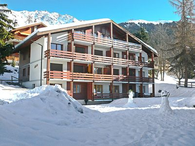Photo for Verbier Mondzeu Apartment, Sleeps 4 with WiFi