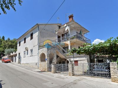 Photo for Apartment 1684/17449 (Istria - Pula), Family holiday, 3000m from the beach