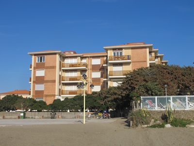 Photo for Apartment by the sea in Tuscany - direct access to the beach - Sleeps 6