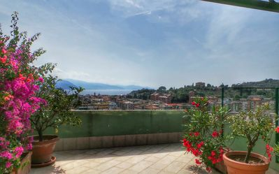 Photo for Trevi, large sunny and flowered terrace with sea view. Parking - WiFi