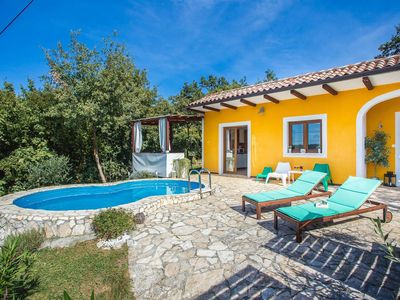 Photo for Vibrant Holiday Home with Swimming Pool in Labin