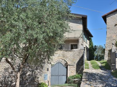 Photo for Apartment Loncrino With Terrace Lake View - Apartment for 4 people in Torri del Benaco