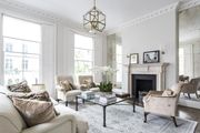 London Home 730, Beautiful 5 Star Holiday Home in a Prime Location in London - Studio Villa, Sleeps 6