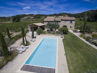 Photo for Fabulous Provencal Mas in Cairanne with large swimming-pool