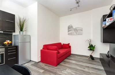 Photo for Porta Latina Suite, Elegant Suite in the center of Rome