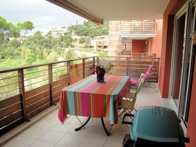 Photo for Pleasant and comfortable 150m from the beach with pool