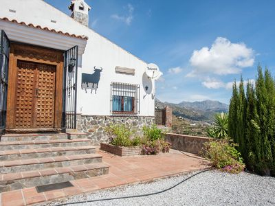 Photo for Spacious cottage with private pool and beautiful views of mountains and sea