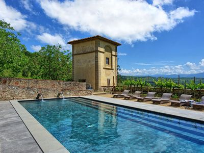 Photo for Apartment with pool, WIFI, TV, patio, pets allowed, panoramic view, parking, close to Florence